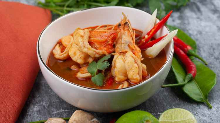 photo of the delicious Tum Yum Soup - Thailand's favorite soup