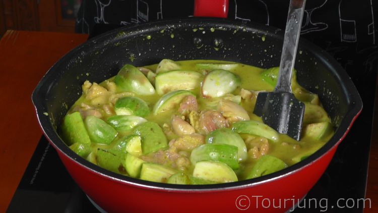 photo of Thai Green Curry Being Cooked