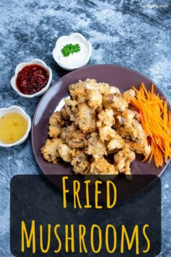 photo of sweet chili sauce and thai breaded and fried mushrooms