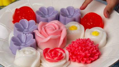 photo of jello flower art with Thai coconut milk jello