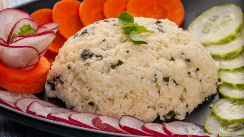 Thai style stir fried cheesy cauliflower rice with lime