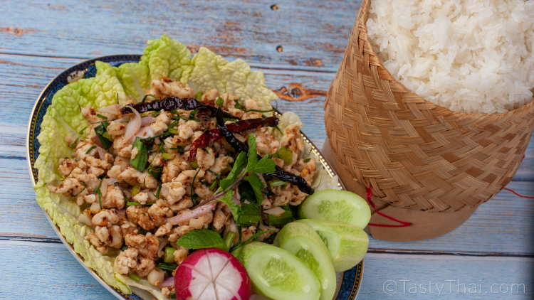 Delicious and low calorie Thai minced chicken salad