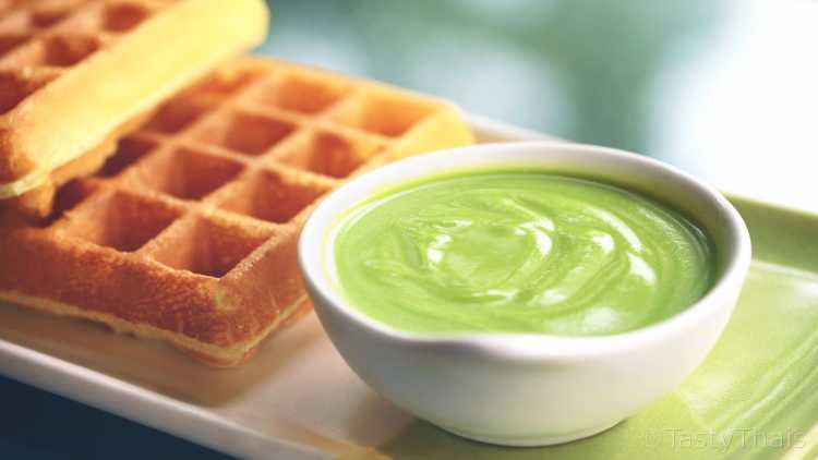 Pandan custard is used in cake and bun fillings or just on toast.